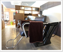 店内の椅子